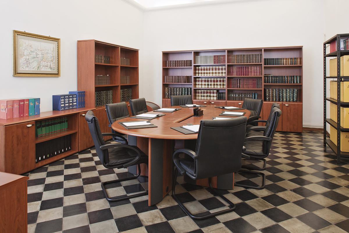 sala riunioni lato